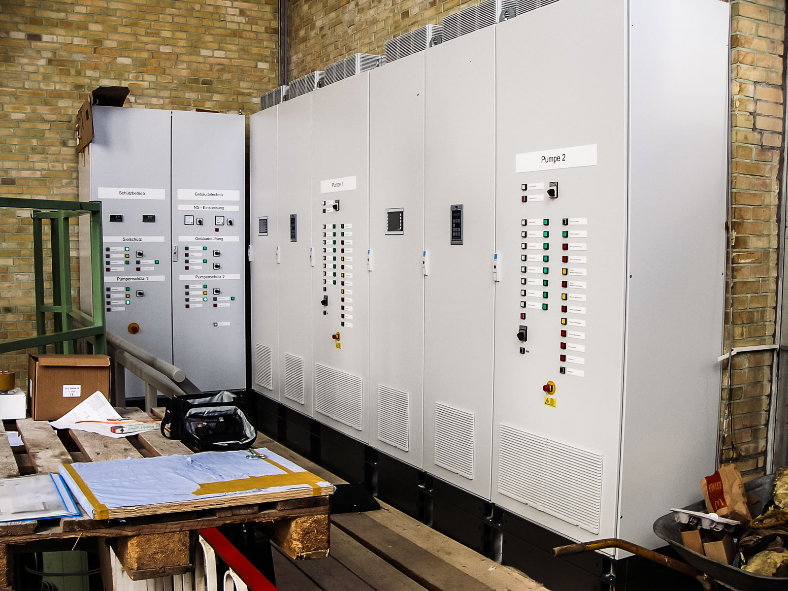 Drive Systems For Your Test Area Up To 138 Kv 10 Mw Wiring As Well 200kw Ac Motor Soft Starter Power High Level Of System Efficiency And Low Operating Costs